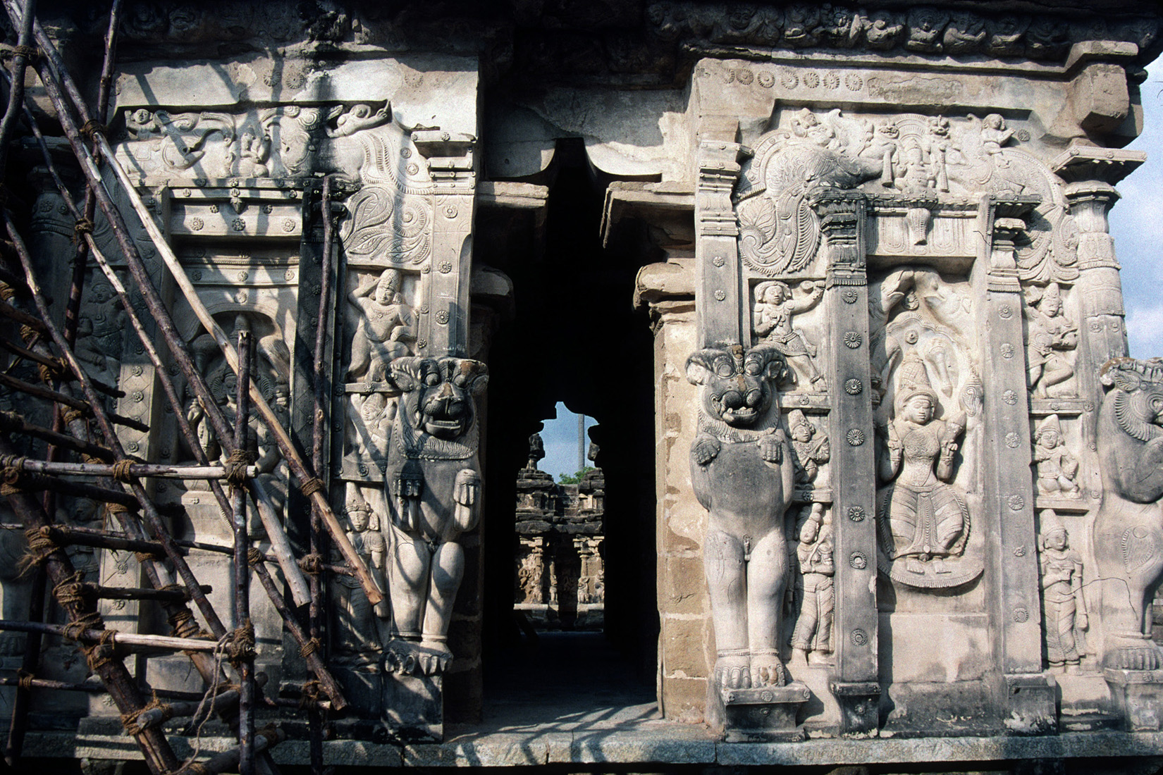 Same, Same, but Different: Present and Past at a Hindu Temple